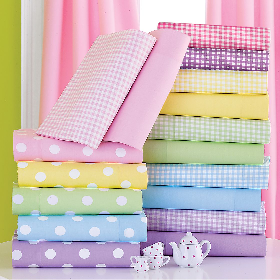 Photo of 10 Creative Ways to Reuse Old Bed Sheets