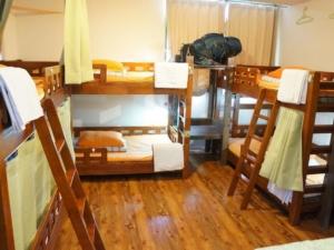 hostel-jhopper